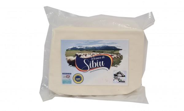 Telemea maturata de Sibiu din lapte de oaie (in vid)